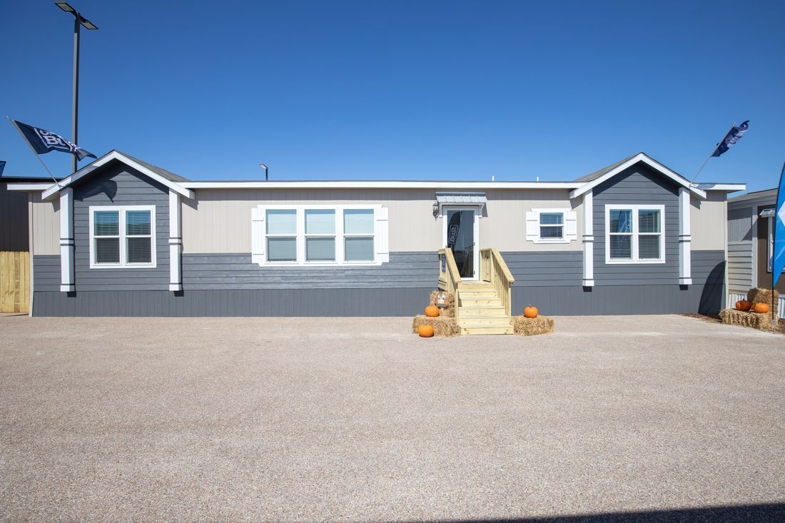 The THE ST AUGUSTINE Exterior. This Manufactured Mobile Home features 3 bedrooms and 2 baths.